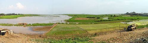 A panaromic view of Kampong Chhnang in Cambodia during dry season. Photo by Eric Baran, 2012.