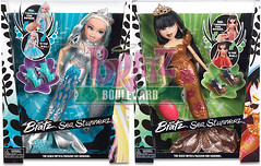 Bratz Sea Stunnerz Cloe and Jade boxed now on Bratz Boulevard! (alexbabs1) Tags: new sea wild spring promo dolls boulevard photos jade mermaids mysterious sasha yasmin boxed exclusive polished totally upcoming bratz cloe in fianna 2013 meygan stunnerz sp13 mermaidz