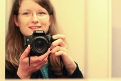 Test (ms holmes) Tags: camera portrait test reflection self mirror photographer spiegel 123 hi spiegelung kamera canoneos1000d