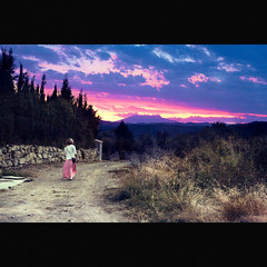 (Mishin Anton) Tags: friends light sunset cloud mountains film colors girl grass way freedom spain purple time air country dream lifestyle atmosphere fresh anton freetime feelings mishin mishinanton