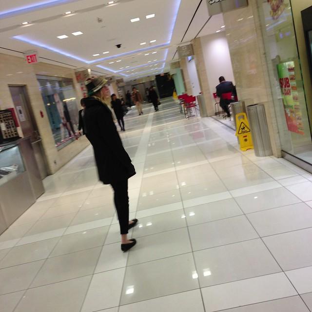 Underground shopping
