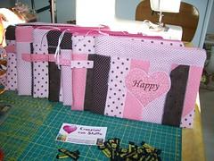 Necessairie (Nena Matos) Tags: patchwork cuore tecidos stoffa coraçao borsetta aplicaçao necessairie borsinha