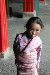 Portraits at Jokhang (10b travelling) Tags: china portrait girl asian temple asia child buddhist palace tibet palais himalaya lhasa potala jokhang palast himalayas templo himalayan tempel 2010 palacio peopleset carstentenbrink iptcbasic