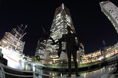 Beautiful Night (Teruhide Tomori) Tags: building art japan architecture night skyscraper landscape construction ship fisheye  yokohama   fisheyelens  yokohamalandmarktower