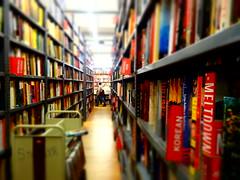 Janvier Trentieme (BraveAmberBeats) Tags: love books photoaday unionsquare strandbookstore project365 nystories