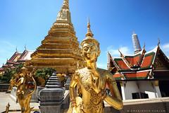 Inner Peace (Amaninder hunjan) Tags: natgeo natgeotravel natgeotraveler travelawesome travel traveler wanderlust photographer indian thailand grandpalace temple golden buddha sikh punjabi
