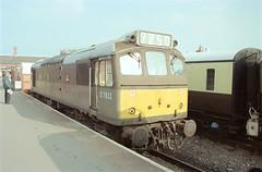 D7633 - Kidderminster (GreenHoover) Tags: severnvalleyrailway svr svrdiesel dieselgala1999 class25 d7633 25283 25904 kidderminster diesellocomotive dieselloco