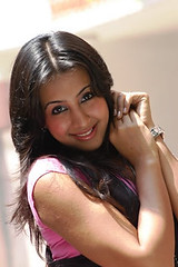 South Actress SANJJANAA Photos Set-4 (33)