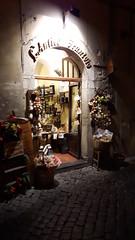 Spoleto (Salvatore F.) Tags: spoleto bellaitalia fodaro bottega borghi vetrina