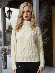 Girl in stylish aran sweater market turtleneck (Mytwist) Tags: aran sweater market irish cable 100 merino turtleneck wool fashion style modern girlfriend wife sexy sweatergirl mistress