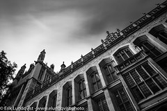 Maughan Library (erikinlondon) Tags: blackandwhite westminster lowangleview exteriorview gothicrevival longexposure monochromephotography unitedkingdom londonboroughofwestminster maughanlibrary london cloud sky weather europe finial england collegiategothic jigsawgothic neogothic victoriangothic