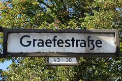 559 Graefestrae (Alte Wilde Korkmnnchen) Tags: joyfox joyfoxstreetyogastreetartkorkmnnchencorklittlepeopleberlin kreuzberg