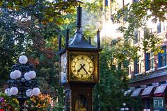 Vancouver - SteamClock (felix.hohlwegler) Tags: vancouver america kanada canada city bigcity citylive canon canoneos canoneos7d 7d outdoor clock steamclock bigwatch steam steamengine unique