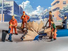 Tiny People - Straßenreinigung (J.Weyerhäuser) Tags: tinypeople h0 minifiguren strasenreinigung noch buntstift