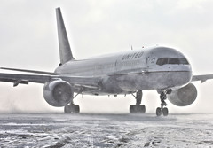 United 757 Emerges From The Blizzard (Kris Klop) Tags: winter plane airplane airport aircraft aviation united airline blizzard dsm 757 b757 kdsm