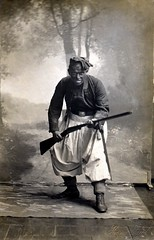 A shotgun wielding Zouave strikes a menacing pose / Schwelm (✠ drakegoodman ✠) Tags: soldier ww1 shotgun greatwar firstworldwar worldwar1 bayonet zouave doublebarrel germansoldier rppc infantryman feldpost troddel