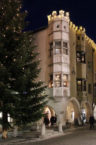 Weihnacht in Sterzing (mikiitaly) winter italy rathaus vipiteno sdtirol altoadige wipptal christbaum sterzing mygearandme rememberthatmomentlevel1 elementsorganizer11