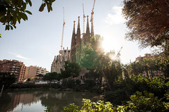 SAGRADA FAMILIA (Christopher Mongeau) Tags: barcelona sunset spain architechture europe mediterranean cathedral gaudi sagradafamilia