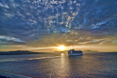 Sunset in Santorini (2013).- (ancama_99(toni)) Tags: sunset sea sun dawn boat mar interestingness interesting nikon hellas sunsets tokina explore santorini greece grecia italians 10favs 50faves 10faves explored 2013 50favs 35favs 25favs 35faves 25faves ltytr1 1116mm interesantsimo d7000 nikond7000