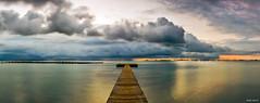 Panormica en el Mar Menor (Legi.) Tags: longexposure panorama espaa costa seascape clouds sunrise landscape mar spain nikon amanecer nubes 1855mm 1855 menor panormica largaexposicin santiagodelaribera d5100