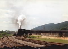 Steamin Around the Bend (trainmann1) Tags: railroad turn md scenic tracks maryland steam rails pointandshoot locomotive amateur baldwin cumberland frostburg 280 westernmaryland railroadtracks 734 westernmarylandscenicrailroad