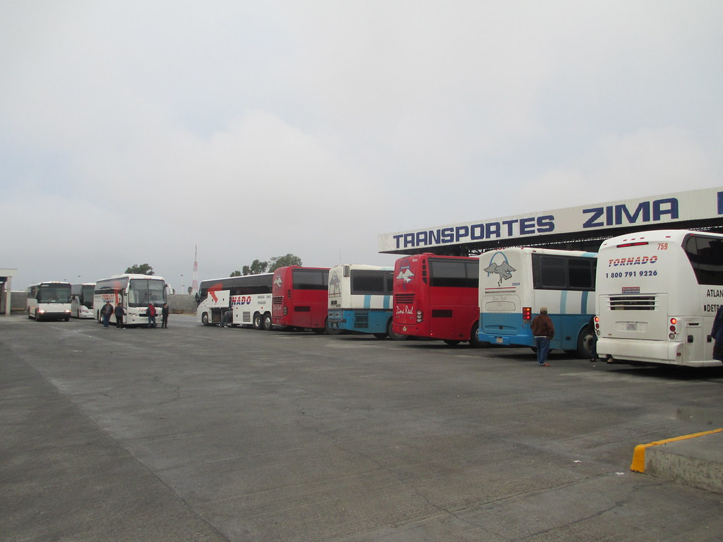 The world 39 s best photos by autobuses zima real flickr for Oficina turismo laredo