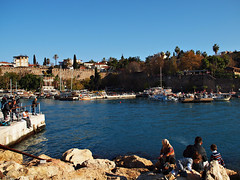 A walk through Antalya, Turkey, 044 (Andy von der Wurm) Tags: ocean trip sea vacation turkey bay mediterranean tour walk urlaub trkiye sightseeing trkei antalya reise tuerkei eurasia spaziergang bucht rundgang mittelmeer trkischeriviera mediteran hobbyphotograph tuerkischeriviera tuerkiye gulfofantalya andreasfucke andyvonderwurm golfvonantalya