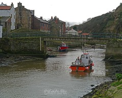 Roxby Beck, Staithes-24 (Kev's.Pix) Tags: staithes roxbybeck seaside coast coastline northernengland northyorkshire beck eastcoast eastcleveland fishingboats bridge village cliffs