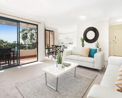 Staging Your House (urbanchicpropertystyling) Tags: realestate staging