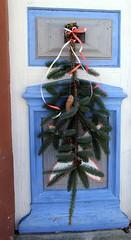 (Gerlinde Hofmann) Tags: germany thuringia village bürden conifer twig christmasdecoration church door bluedoor churchoutside blauetür nadelbaum christmastime weihnachtszeit