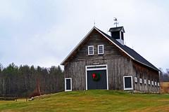 Christmas Barn (KAM918) Tags: christmas new xmas barn rural back nikon country nh hampshire wreath americana roads backroads francestown d3100