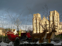 Wells cathedral (amy's antics) Tags: snow sunshine reindeer cathedral wells sleigh darksky rainimminent