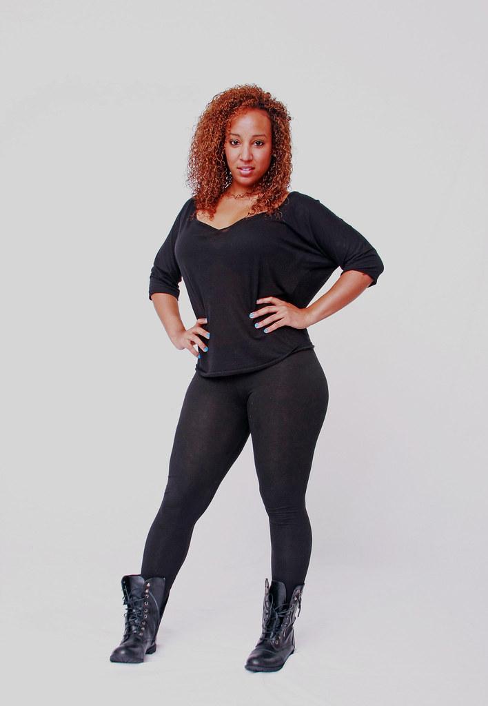 Vanessa Busty Ebony