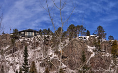 House on the Hill (NightSkyMN) Tags: minnesota northshore lakesuperior chalethouse