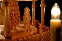 Ein Wanderer aus dem Morgenland (sandyloewe) Tags: weihnachten gold abend advent sandy sachsen pyramide caspar christus löwe heilig erzgebirge annaberg buchholz melchior baltasar weihrauch abendland myrrhe
