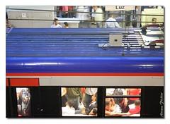 af0510_7759 Estaao da Luz - Sao Paulo - Brazil (Adriana Fchter) Tags: door old travel blue light red sculpture southwest detail building art luz window metal azul brasil train canon fence deutschland reja puerta pessoas rust gate iron arte gente kunst edificio transport wroughtiron rusty hampshire artnouveau viajes gaud architektur vehicle porte museo grille ironwork paulo oviedo trem sao roussillon fentre transporte detalhe estao bleau comboio ferro ferrovia tradicional hierro orientales sudouest ferroviaria aquitaine hants ferreiro ferforg ferronnerie forjado arawak bleumarie