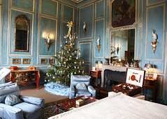 Leeds Castle 8687 (Tony Withers photography) Tags: christmas uk tree castle lady kent leeds olive historic 2012 baillie