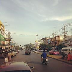 ตลาดท่าเรือ กาญจนบุรี เช้านี้