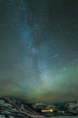 The Milky Way and weak Aurora Borealis light over Kvalya, Troms (Per Ivar Somby) Tags: meteor auroraborealis troms nordlys shootingstar kvalya northernlight vengsya skulsfjord finnvikdalen