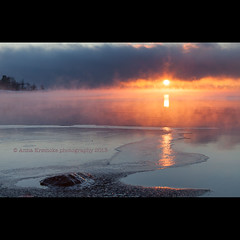 istake (stella-mia) Tags: sunset orange sun norway fog frost foggy freezing hamar mjsa hedmark domkirkeodden freezinglake orangesun hedmarksmuseet canon5dmkii lakemjsa frosttke annakrmcke