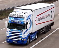 Scania 164 04 DL 5322 (gylesnikki) Tags: blue ireland irish white truck artic srrefigeratedtransport