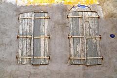 (yonca60) Tags: window eskifoca shutters facade