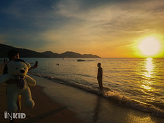 DSC_1126 (inkid) Tags: batuferingghi pulaupinang malaysia sunset penang beach travel sony z5 premium dual
