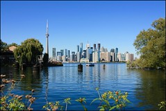 Toronto - Canada (Vince Arno) Tags: canada ontario toronto ile tour cntower eau reflet