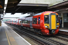 Gatwick Express 387221 (Will Swain) Tags: 12th september 2016 south southern region train trains rail railway railways transport travel uk britain vehicle vehicles country england english gatwick airport station london express 387221 class 387