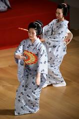 (Tamayura) Tags: japan nikon kyoto sigma maiko geiko aug kansai 2012 d800 miyagawacho 100300mmf4dg 201208111125470