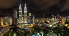 Traders Hotel | The Panorama (Rasdi Abdul Rahman) Tags: city panorama night canon malaysia kualalumpur kl efs 1022mm klcc twintower skybar tradershotel rasdi rasdiabdrahman rasdiabdulrahman