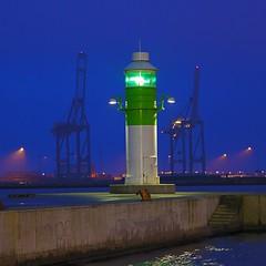 Red, Green and Purple (mokastet) Tags: blue winter lighthouse green night denmark harbor nightshot harbour nocturne aarhus mokastet photographyforrecreation