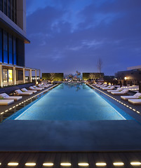 W TaipeiPool at night (W Worldwide) Tags: pool hotel taiwan taipei spg starwood poolatnight starwoodresorts starwoodhotels wtaipei whotelsandresorts