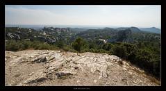 Un bout de Provence (Igor HOLLMAN) Tags: france rock canon landscape limestone provence paysage 1022mm 2012 vgtation calcaire lesbauxdeprovence rocaille 550d lesalpilles climatmditerranen igorhollman
